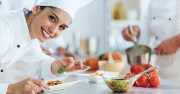 ilustrar o preparo de alimentos, nutrição em hotelaria